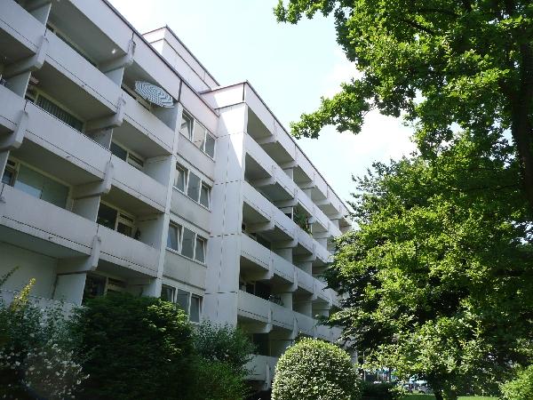Die Balkone zum ruhigen Innenhof