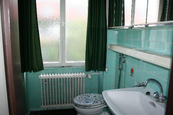 Doppelhaush lfte mit gro em garten in m nchen laim - Badezimmer 50er ...